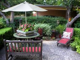 quick chic outdoor decorating tips hgtv
