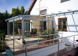 terrassenã berdachung mit balkon berdachung terrasse holz glas carport pergola vsg glas