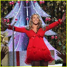 mariah carey merry christmas mariah carey pregnant