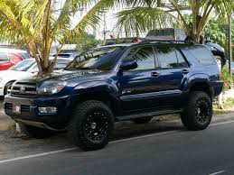 toyota lifted 2005 toyota 4runner lifted wallpaper 1024x768 24774