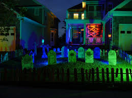 Halloween Flood Lights by Floodlight Help You To Create Spooky Halloween Lighting For Your
