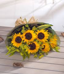 sunflower delivery simply sunflowers for delivery in nottingham uk
