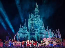 How Long Does Disney Keep Christmas Decorations Up December 2017 At Disney World Disney Tourist Blog