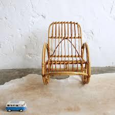 mobilier vintage enfant rocking chair enfant mobilier vintage atelier du petit parc
