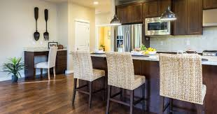 kitchen cabinet refinishing contractors refinishing kitchen cabinets choosing the right contractors