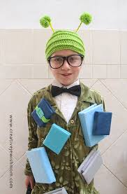 halloween costumes for nine year olds smartest bookworm costume ever costumes halloween costumes and