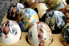 decorated egg shells decorated ostrich egg shells on a greenmarket square marke flickr