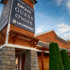 chicos locations log jam outlet center stores mountain commons and log jam