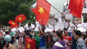 Flag Burning Protest Singapore Condemns Burning Of National Flag In Vietnam Se Asia