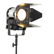 what is tungsten light litepanels inca 6 led fresnel tungsten light 906 2003 filmtools