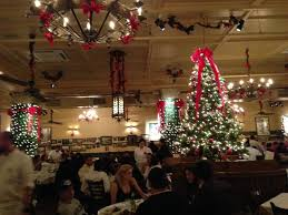 restaurant at christmas time picture of carmine u0027s new york city