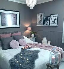 plafonnier pour chambre à coucher plafonnier pour chambre adulte style chambre a coucher adulte id
