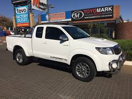 2015 toyota hilux 3 0 d4d 4 2 extra cab legend 45 toyomark
