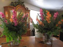 how to make flower arrangements simply beautiful how to make a big flower arrangement in a vase