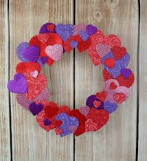heart wreath easy paper heart wreath happy hour projects
