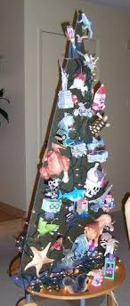 21 ideas for alternative trees to recycle clutter