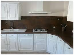 cuisine bois peint cuisine en bois verni peinte et modernisée sans décaper ni poncer