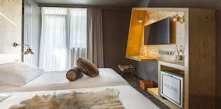 superficie chambre chambre standard 2 personnes hôtel 4 étoiles refuge aiglons