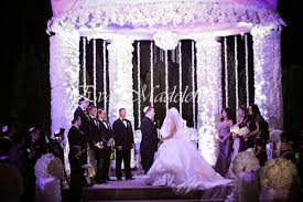 chuppah poles 15 ideas for a fabulous floral chuppah wedding canopy