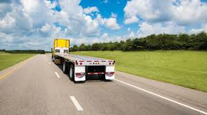 utility trailer manufacturing co introduces new 4000ae flatbed