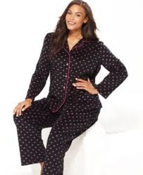 plus size fashion 8 pajama sets that you can lounge in