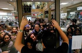 jersey city n j black friday crowds fill the stores pictures