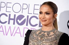 jennifer lopez gushes over drake at the grammys u0027i have so much