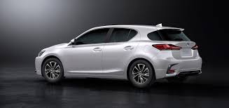 lexus ct200h vs bmw 3 series minor change 2018 lexus ct 200h evolves with sportier styling