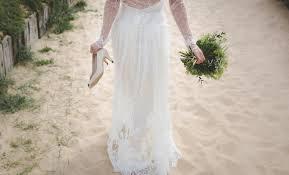 Elegant Wedding Gowns 10 Elegant Wedding Gowns For The Minimalist Bride Fabfitfun