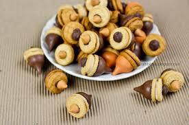 nutty class gift thanksgiving acorn treats