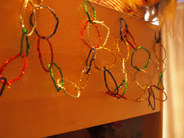 easy christmas decorations for kids to make using pipe cleaners
