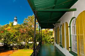 Hemingway House Key West Hemingway House Museum With Key West Lighthouse Museum In