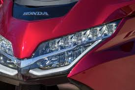 goldwing driving lights reviews 2018 honda gold wing tour dct review 34 fast facts