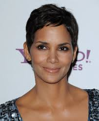 halle berry short hairstyles halle berry hair stylebistro