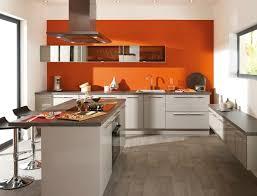 peinture orange cuisine cuisine orange la couleur tonifiante et vive hotte aspirante