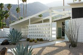 Midcentury Modernism - fans of midcentury modernism head to palm springs by