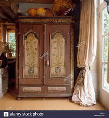 armoire stock photos u0026 armoire stock images alamy