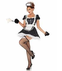 spirit halloween hiring sexiest costumes from spirit halloween popsugar love u0026