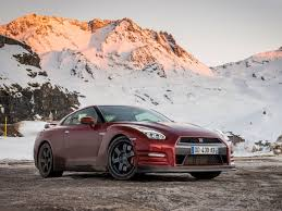 nissan gtr cost in india nissan gtr india launch date price engine details