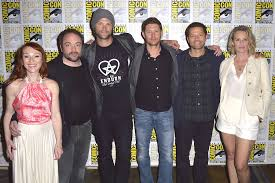 the cast of u0027supernatural u0027 stopped by san diego comic con 2016