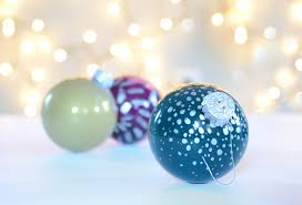 fast and easy diy painted glass ornament