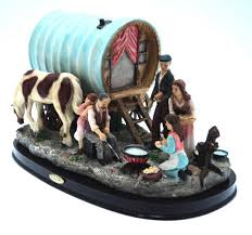 made caravan with caravan ornament