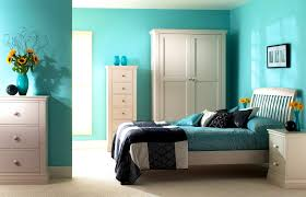 accessories easy the eye black and white turquoise bedroom