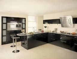white gloss kitchen with black worktops taste kitchen idea