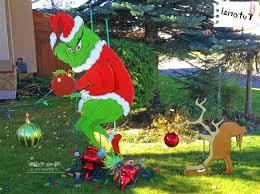 grinch yard decoration grinch christmas yard decorations marvelous stain bam remedygolf us