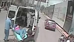 Pulling Off Pink Rims Eric The Ricer Heroic Moment Chinese Bus Driver Pulls Off Motorway While