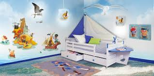 chambre bébé plage decoration chambre bebe pirate visuel 5