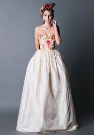 plain strapless wedding dress gorgeous floral wedding dresses that inspire happywedd com