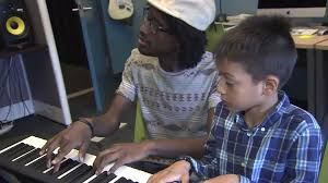 Blind Pianist Blind Piano Teacher Inspiring Others With His Gift Of Music