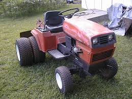 compact tractor with dual rear tires